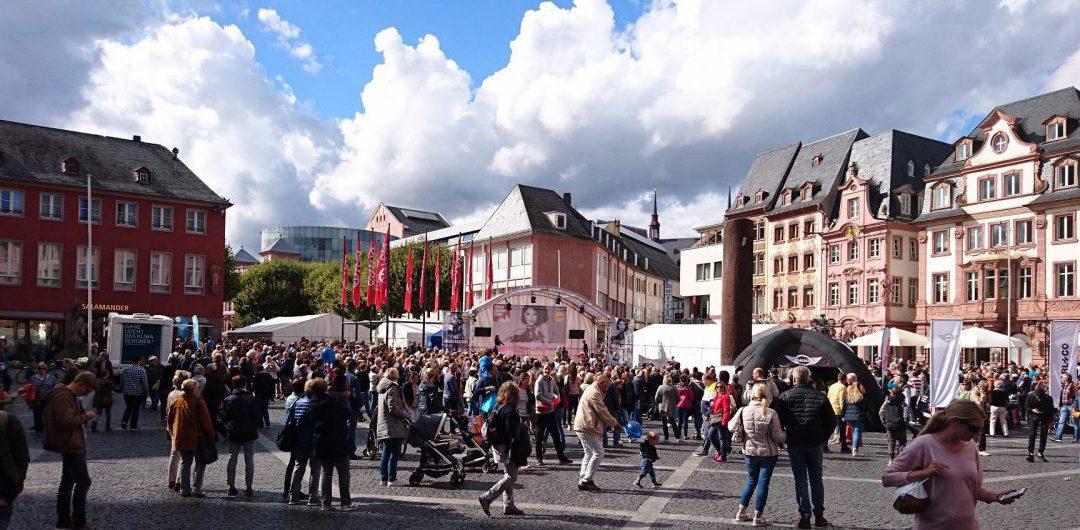 Presse: Mainz im Modefieber – Urban Fashion auf dem Domplatz mit neuen Rekorden